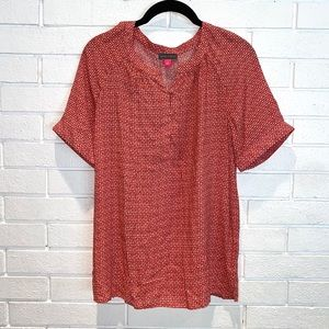 Vince Camuto red white short sleeve shirt blouse